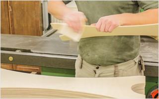 Handwerk und Handarbeit: viele Schritte werden noch gänzlich manuell ausgeführt um die beste Qualität zu erreichen. | Clap Tzu
